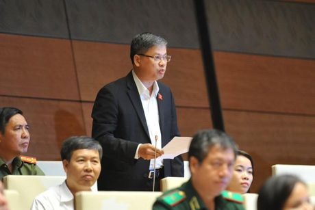 Bo truong Noi vu: Loai cong chuc danh nguoi khoi bo may - Anh 1