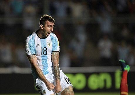 Argentina 3-0 Colombia: Sau tat ca, Messi ghi ban va Argentina da biet thang - Anh 2