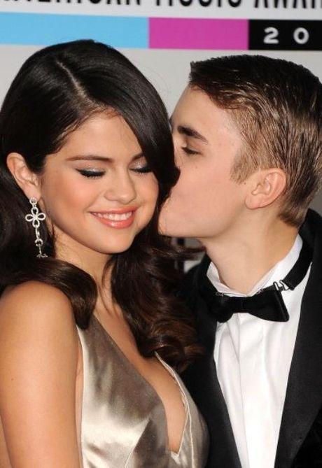 Ro tin don Selena Gomez & Justin Bieber ket hon - Anh 1