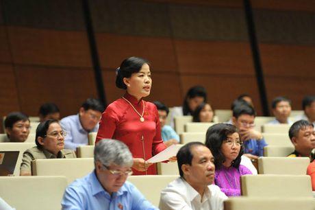 Hinh anh: Phien tra loi chat van cua Bo truong GD-DT Phung Xuan Nha - Anh 12