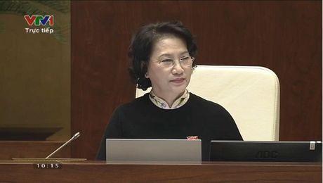 Hinh anh: Phien tra loi chat van cua Bo truong GD-DT Phung Xuan Nha - Anh 2