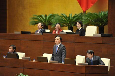 Hinh anh: Phien tra loi chat van cua Bo truong GD-DT Phung Xuan Nha - Anh 4