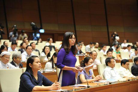 Hinh anh: Phien tra loi chat van cua Bo truong GD-DT Phung Xuan Nha - Anh 6