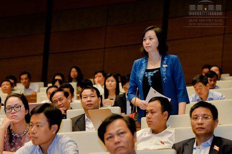 Hinh anh: Phien tra loi chat van cua Bo truong GD-DT Phung Xuan Nha - Anh 8