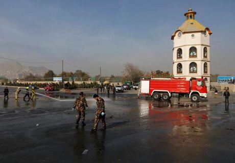 Danh bom tu sat o Kabul, Afghanistan, 4 nguoi thiet mang - Anh 1