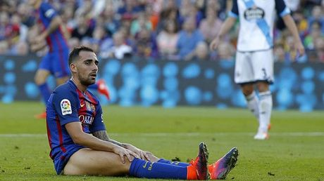 Alcacer tiep tuc duoc trao co hoi o Barca - Anh 1