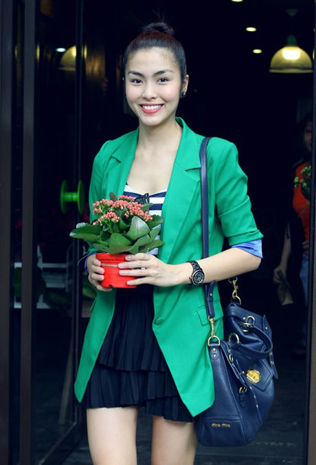 Da mat ngam thoi trang mua dong cua Tang Thanh Ha - Anh 5