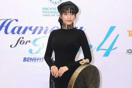 Truong Thi May thuyet phuc thanh cong Le Quyen dau gia tuong - Anh 1
