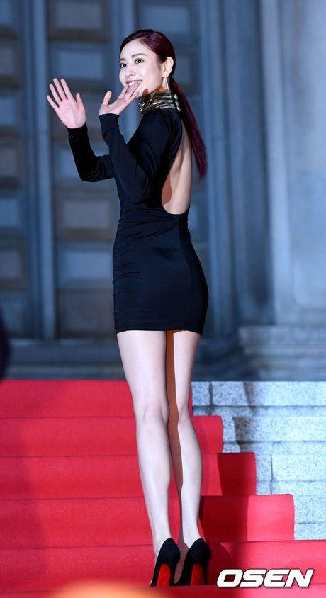 Ngam dan sao nu chau A thieu dot tham do Asia Artist Award - Anh 6