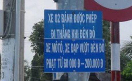 Het hon voi nhung bien bao giao thong ba dao o Viet Nam - Anh 3