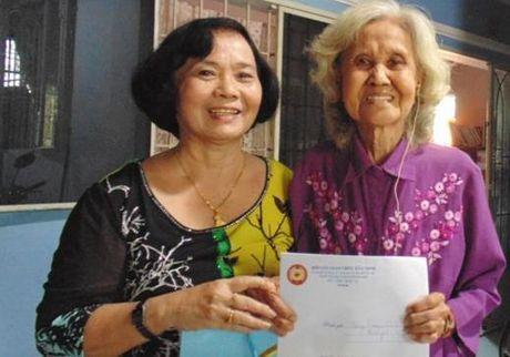 Hoi CGC Tay Ninh: Tham va tang qua cuu giao chuc tieu bieu - Anh 1
