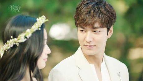 "Huyen thoai bien xanh tap 1: Lee Min Ho ""can loi"" vi do ""dien"" cua Jun Ji Hyun - Anh 14"