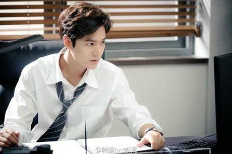 "Huyen thoai bien xanh tap 1: Lee Min Ho ""can loi"" vi do ""dien"" cua Jun Ji Hyun - Anh 7"