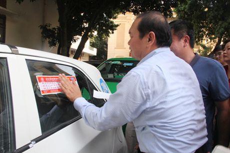 """Ha Noi dan de can """"5 khong"""" cho xe taxi - Anh 1"""