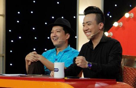 Co gai dan toc 'gai hang' Tran Thanh am 20 trieu dong - Anh 4