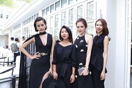 Ho Ngoc Ha dep lan at dan thi sinh The Face mua dau tien - Anh 13