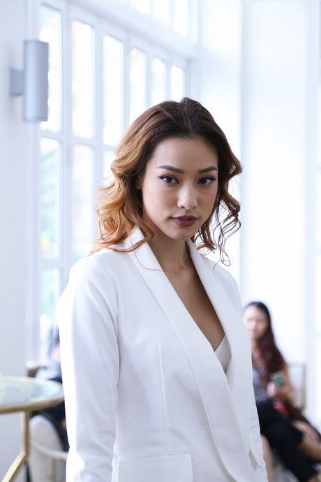 Ho Ngoc Ha dep lan at dan thi sinh The Face mua dau tien - Anh 14