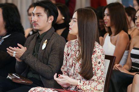 Ho Ngoc Ha dep lan at dan thi sinh The Face mua dau tien - Anh 3