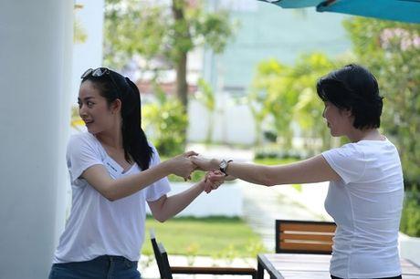 Khoanh khac hai huoc cua Mai Thanh Ha khi tap dien xuat - Anh 2