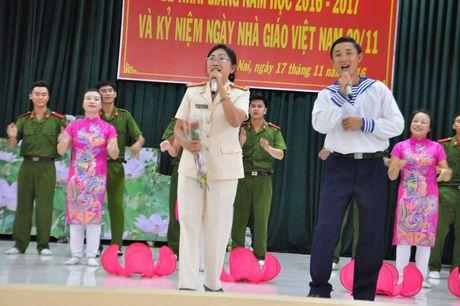 Truong Trung cap CSND VI: Khai giang nam hoc moi - Anh 4