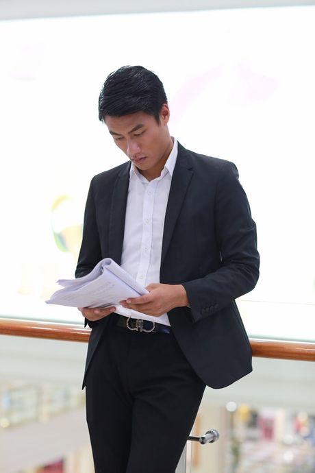 Mac Hong Quan dong phim cung Angela Phuong Trinh - Anh 3