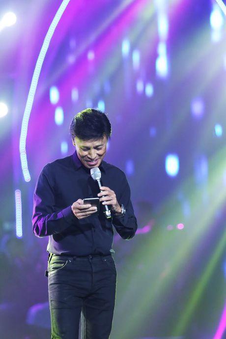 Bang Kieu, Tran Thu Ha, Uyen Linh than thiet trong hau truong - Anh 2