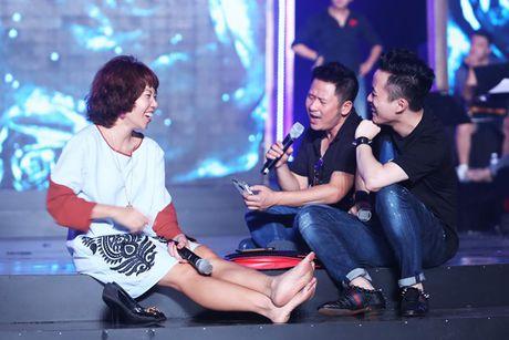 Bang Kieu, Tran Thu Ha, Uyen Linh than thiet trong hau truong - Anh 4