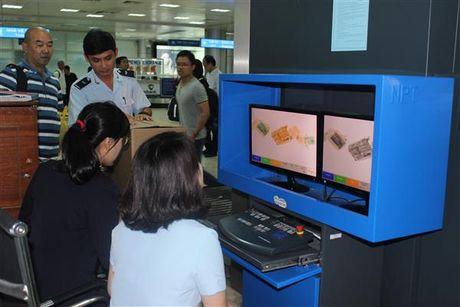 Khanh Hoa: Khach XNC tang gap gan 3 lan - Anh 1
