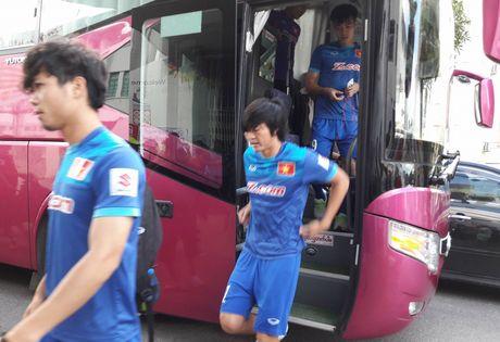 Tuan Anh lan dau ra san tap tuyen Viet Nam o Myanmar - Anh 2