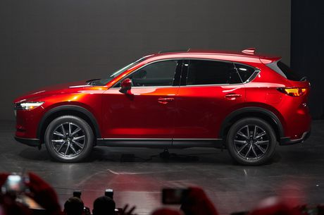 Lieu Mazda CX-5 2017 co tiep tuc 'lam mua goi gio' tai thi truong Viet? - Anh 3