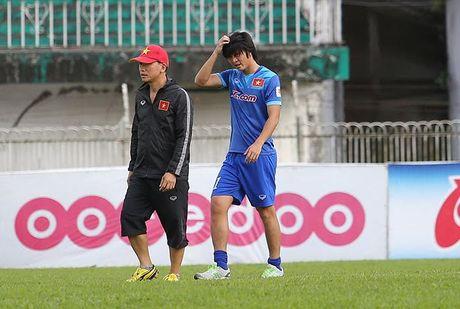 Tuan Anh lan dau tien ra san tap o Myanmar - Anh 5
