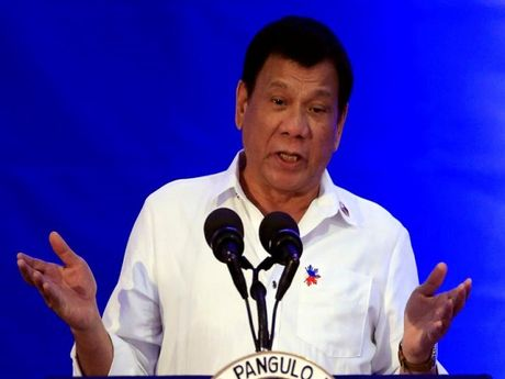 Tong thong Duterte: Philippines co the se tiep buoc Nga, rut khoi ICC - Anh 1