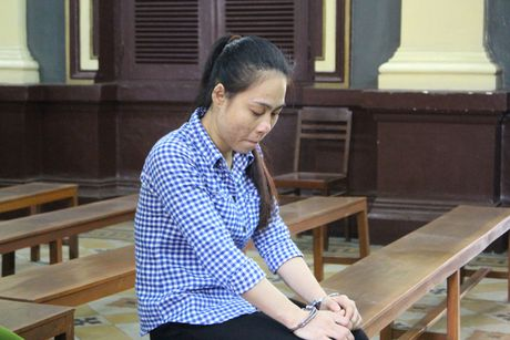 Lam gia ho so dat di lua lay tien tieu xai - Anh 1