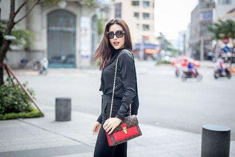 Sieu mau Kha Trang tu tin khoe eo thon, chan dai 1m19 truoc khi len duong thi Hoa hau Sieu quoc gia - Anh 2