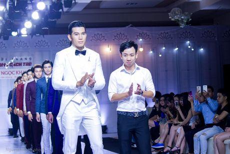 A vuong Ngoc Tinh banh bao giua dan my nhan, sieu mau - Anh 10