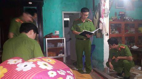 Hai Duong: Bat duoc 2 thanh nien sat hai thu nhang, trom hom cong duc o chua Minh Giam - Anh 1