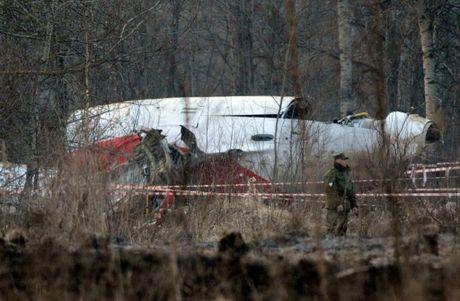 Ba Lan lai doi Nga giao xac may bay cho co tong thong Kaczynski - Anh 1