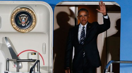 Ong Obama ra suc bao ve toan cau hoa trong chuyen cong du cuoi cung - Anh 1