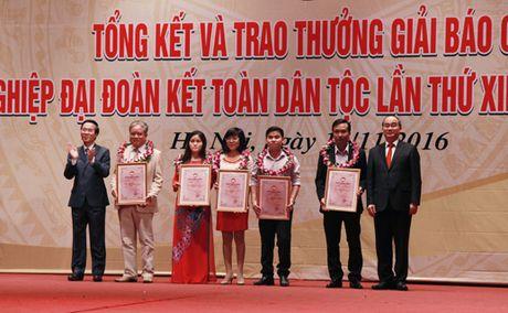 Le trao giai Bao chi 'Vi su nghiep dai doan ket toan dan toc' lan thu 12 - Anh 6