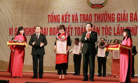 Le trao giai Bao chi 'Vi su nghiep dai doan ket toan dan toc' lan thu 12 - Anh 8