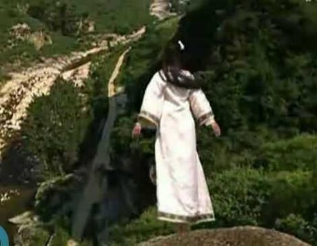 Nhung tinh tiet vo ly thuong xuat hien trong phim co trang - Anh 4