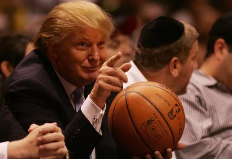 Cac doi bong NBA tay chay khach san cua Donald Trump - Anh 1