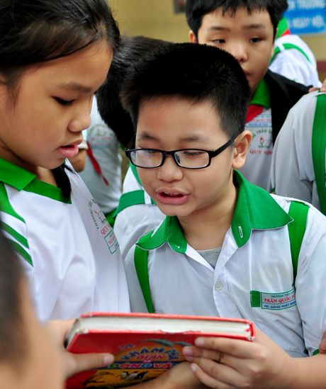 Cau be lop 3 gioi tieng Anh khien thay co bat ngo - Anh 7