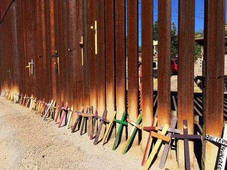 Hang rao bien gioi noi tieng My - Mexico - Anh 6