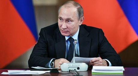 Hon 60% nguoi Nga muon Putin tai dac cu - Anh 1
