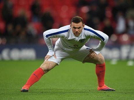 Rooney bia ruou thau dem: Su xuong cap cua mot ngoi sao - Anh 2