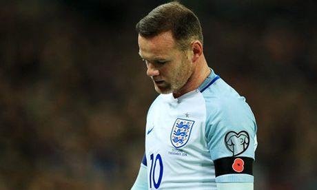 Rooney bia ruou thau dem: Su xuong cap cua mot ngoi sao - Anh 3