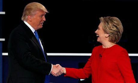 Ba Clinton lan dau xuat hien va chinh thuc len tieng sau 'that bai' tai bau cu My - Anh 3