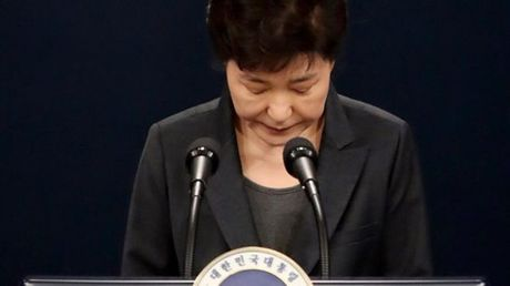 Ty le ung ho Tong thong Han Quoc Park Geun-hye tiep tuc sut giam - Anh 1