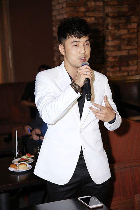 Du phau thuat tham my hong, Hoang Ton van den ung ho Trinh Dinh Quang - Anh 8